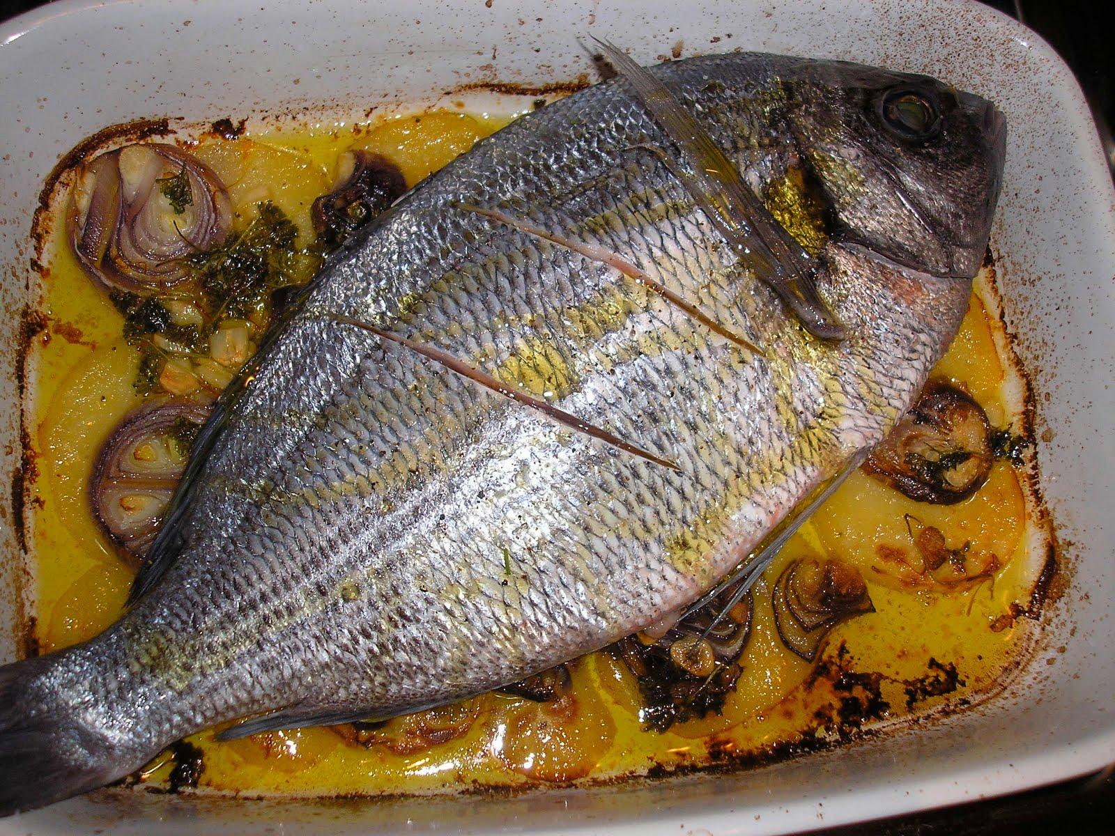 rybí polévka (fish soup), Dominican pollo al horno (Christmas ...