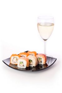 Maridaje de Sushi con Vino Blanco o Cava